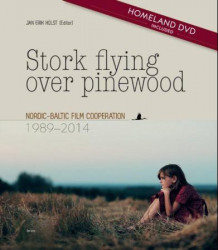Stork flying over pinewood av Jan Erik Holst (Innbundet)